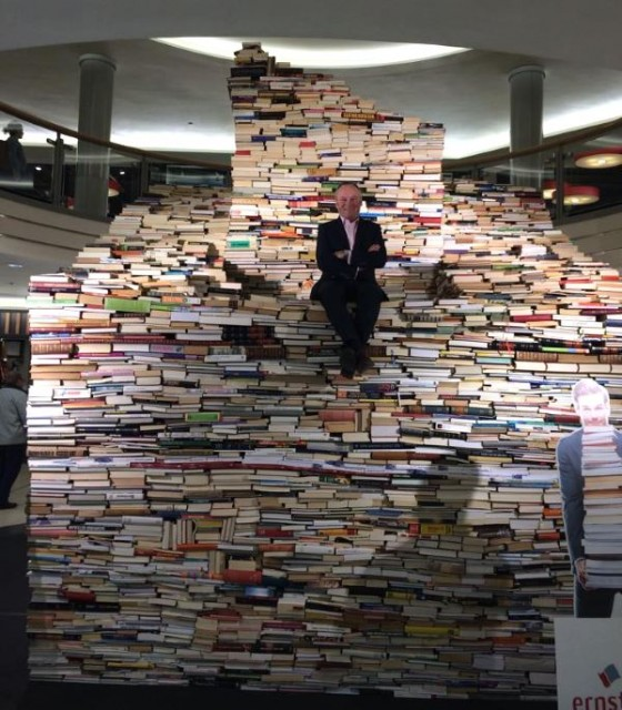 ernster bookstore, book pyramid