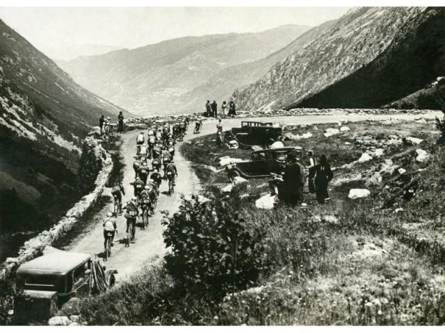 Tour de France, mountain road