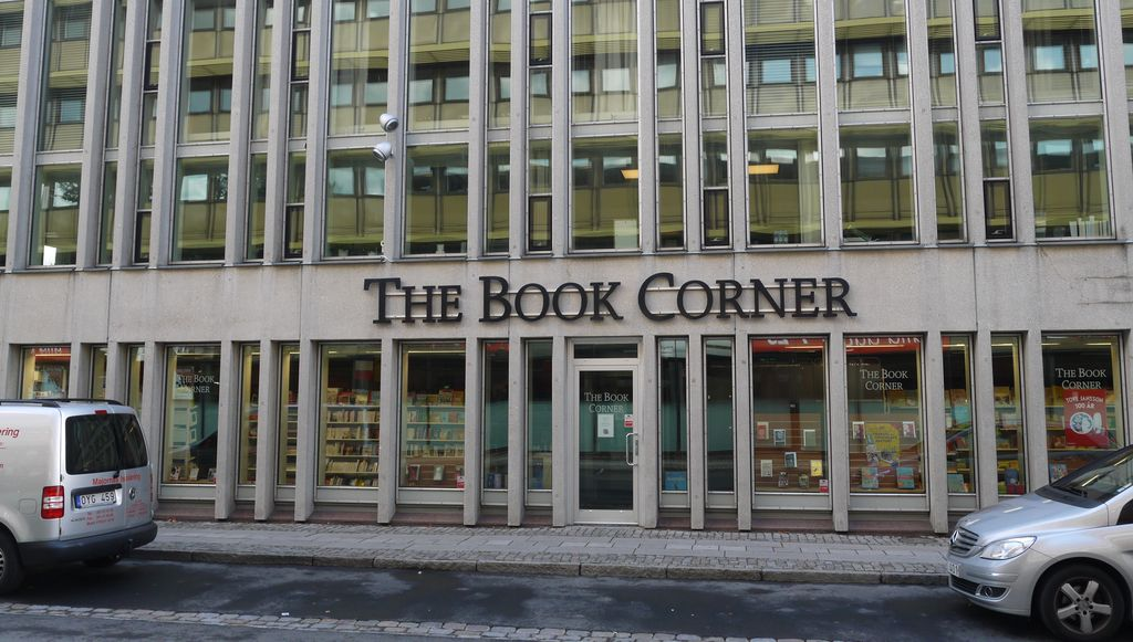 bricks-and-mortar, book shop in Gothenburg