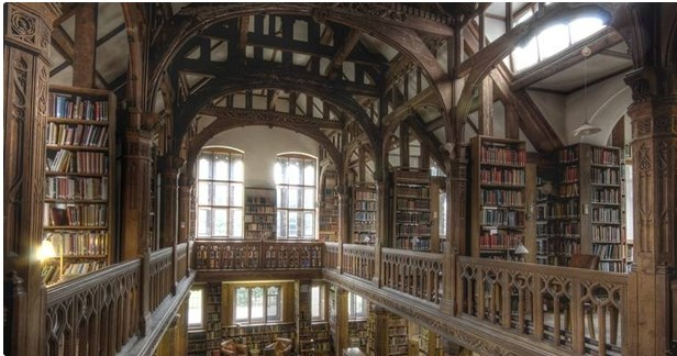Gladstone's Library, books