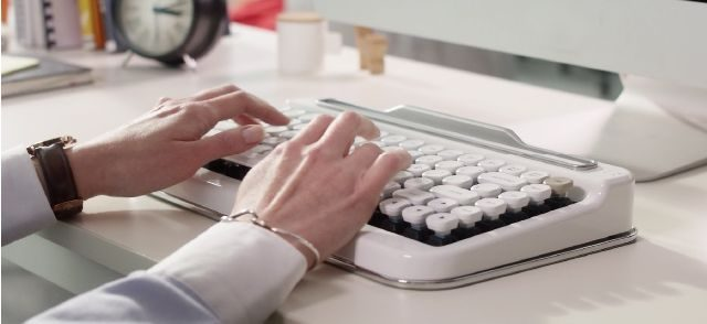 penna, retro bluetooth keyboard