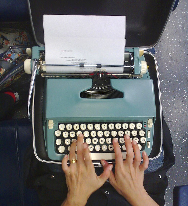 an old typewriter for traveling writers had its own hardshell case. Photo by Stan Wiechers.
